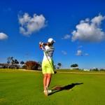 grand cayman golf 150x150 アダムスコットとユニクロ戦略